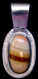 Diamond Cut Oval Agate Pendant #P4-010